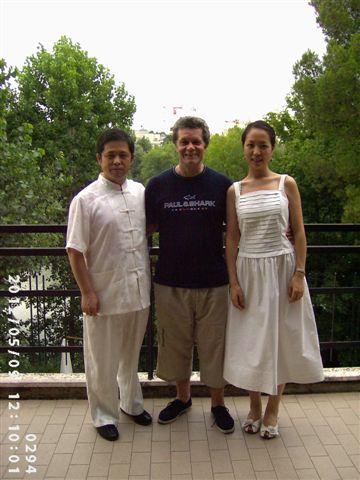 Pasquale Fonte con il maestro Lang Shen e la sua assistente